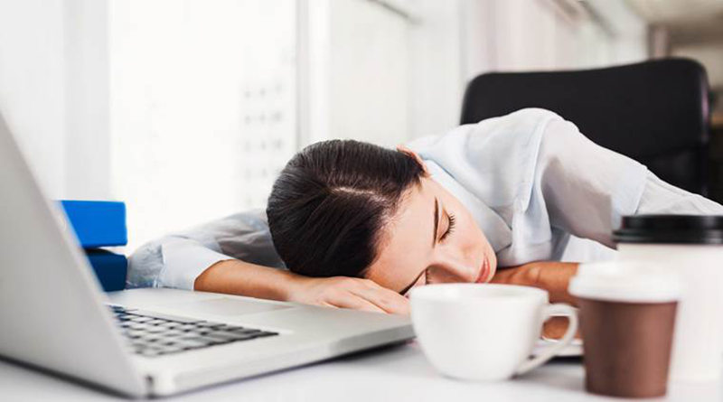 Disadvantages-of-sleeping-late-